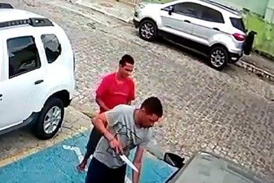 Resultado de imagem para Mulher é vítima de sequestro relâmpago no bairro de Jaguaribe, em João Pessoa; veja vídeo